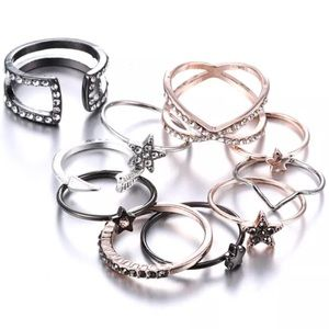 Jewelry - Just in! Totally on trend 10 pc ring bundle
